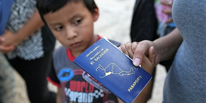 Obama Administration Expands Central American Migration Program