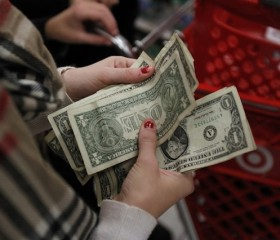 How Are Wealthy Latinos Spending Their Money?