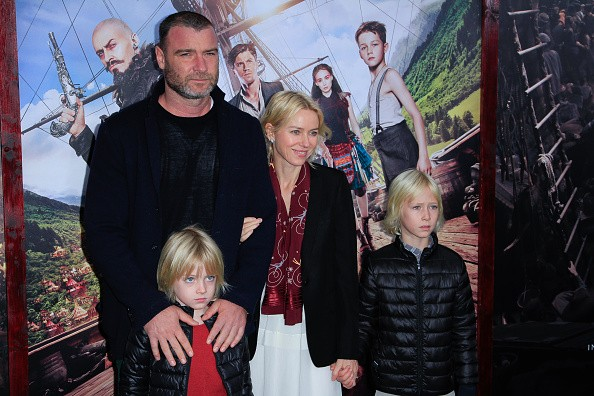 NEW YORK, NY - OCTOBER 04: Liev Schreiber and Naomi Watts attend the 'Pan' premier with their children at Ziegfeld Theater on October 4, 2015 in New York City. (Photo by Rahav Segev/WireImage)