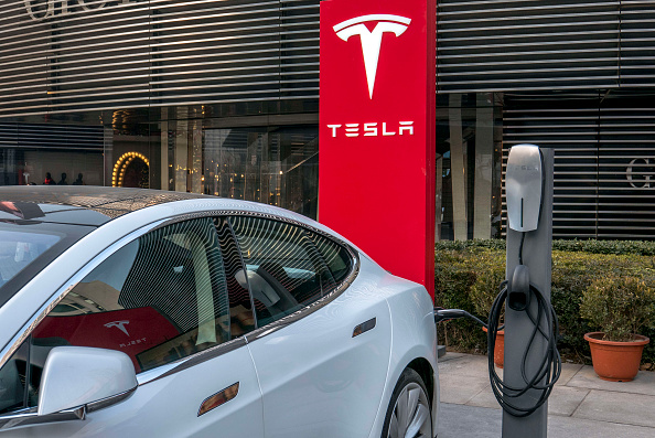 Tesla promises Supercharger V3 will outdo current 'ultra-fast' stations