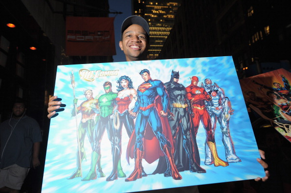 Hundreds of Super Hero Fans Line-Up Early as DC Entertainment Launches New Era of Comic Books
