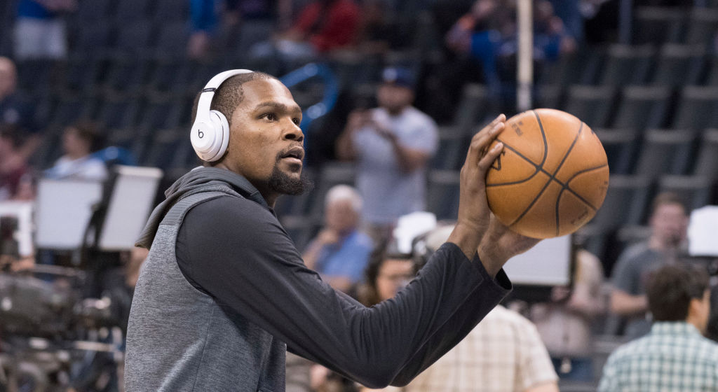 """NBA News: Kevin Durant Tells Nuggets Fan They Will """"Sweep Their A—"""" If Warriors Meet Nuggets In Playoffs"""
