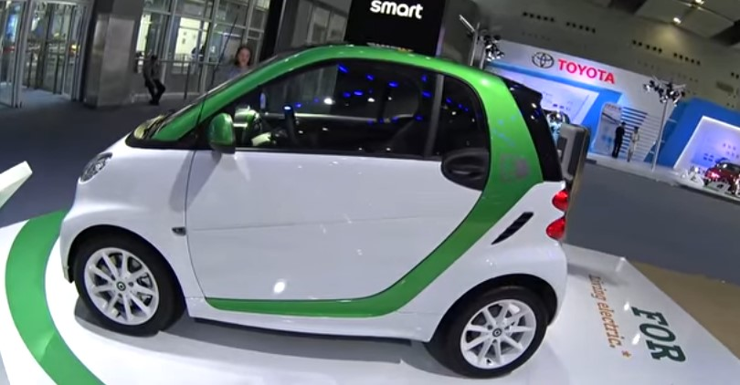 Daimler To Stop Selling Gas-Powered Smart Cars In US & Canada