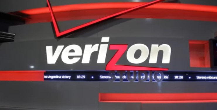 Verizon and Yahoo agree to $4.48 billion purchase price