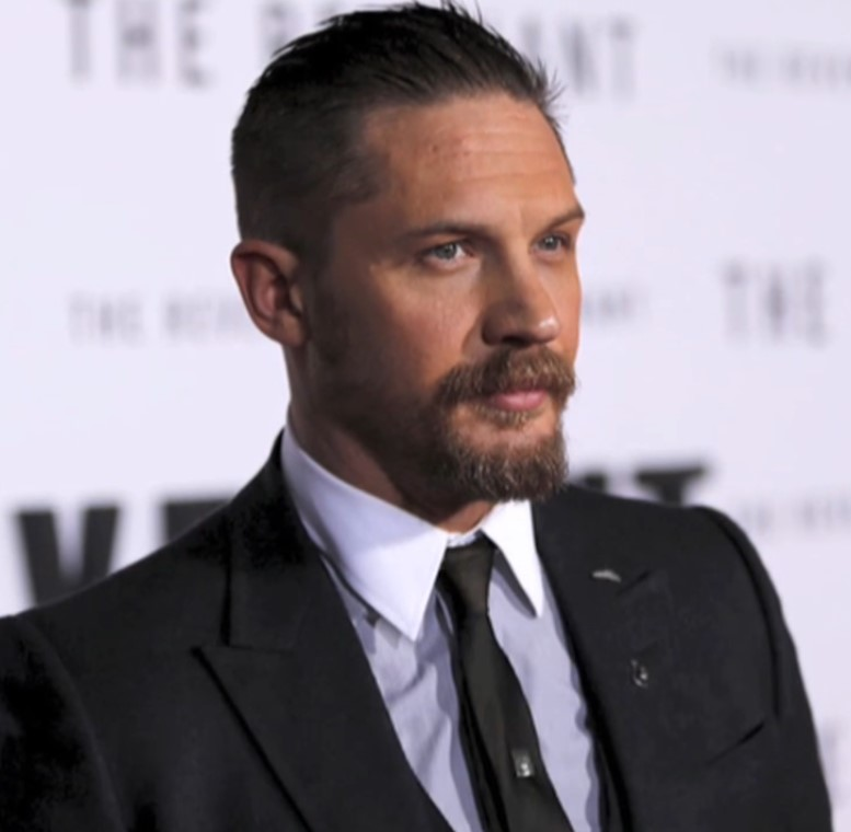 http://images.latinpost.com/data/images/full/124707/tom-hardy-switches-into-superhero-mode-catches-thief.jpg