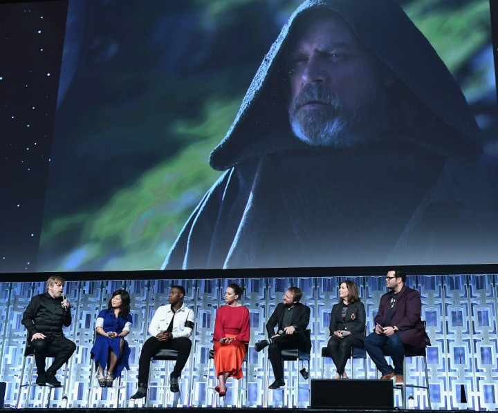 Star Wars: The Last Jedi cast attends a fan convention.