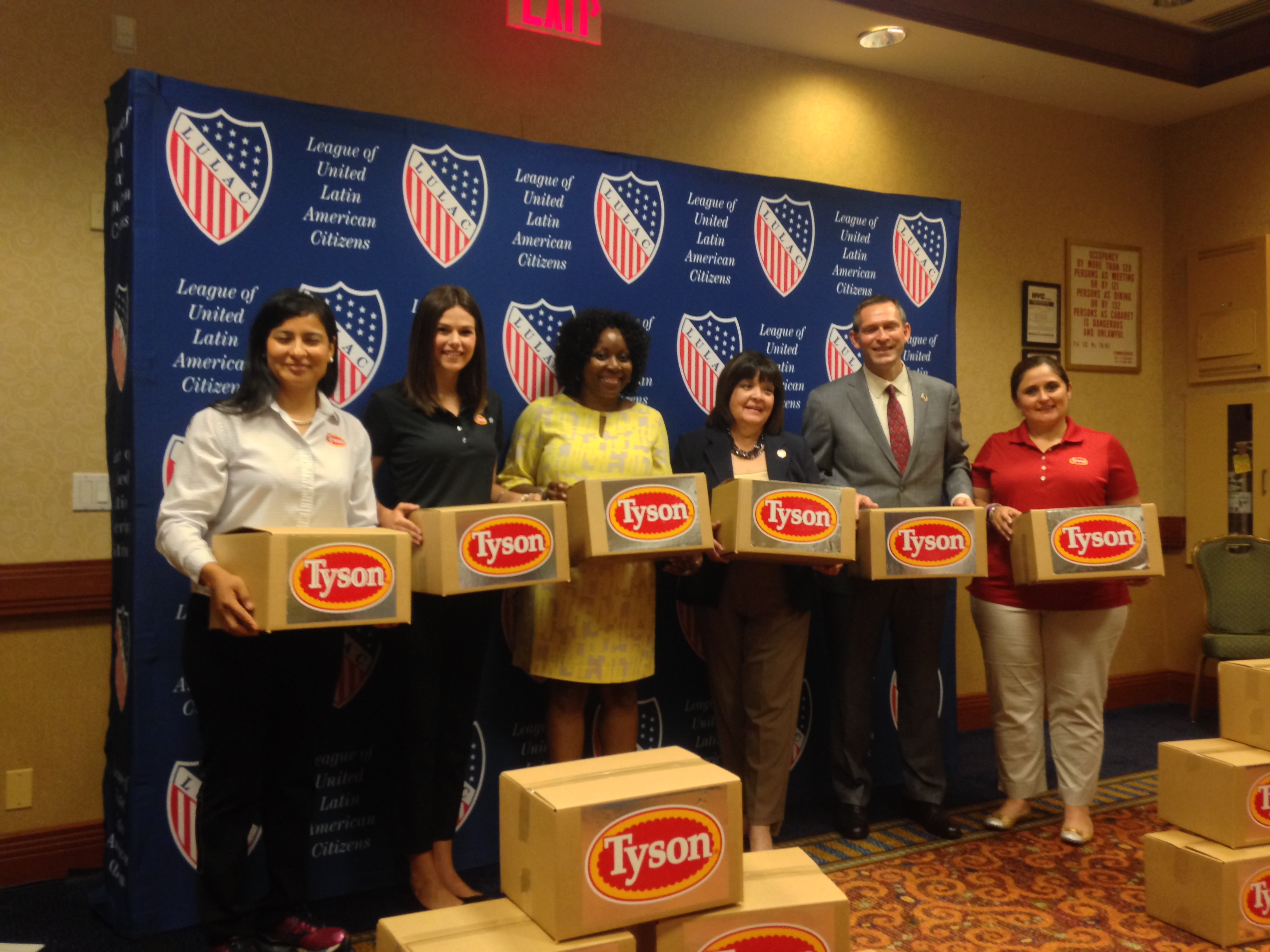 LULAC and Tyson Foods donate 30,000 pounds of chicken to Food Bank of New York City