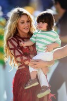 shakira-baby-son-milan-pique-2014-FIFA-World-Cup-Brazil-Final