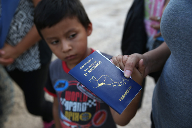 immigrants immigration border el salvador