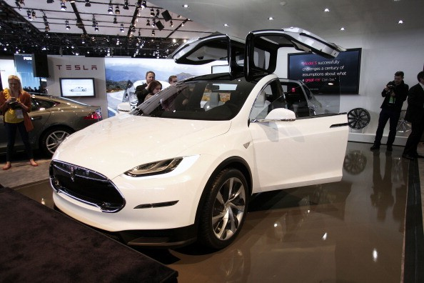 2017 Tesla Model X SUV, price, review, release date