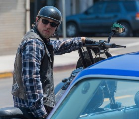 sons-of-anarchy-season-7-spoilers-jax-teller-charlie-hunnam-fx