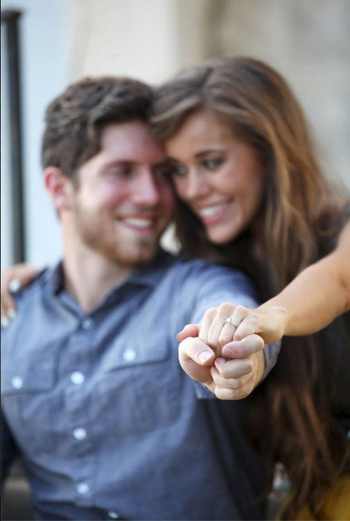 Ben seewald and jessa duggar show off their engagement rings photo ben