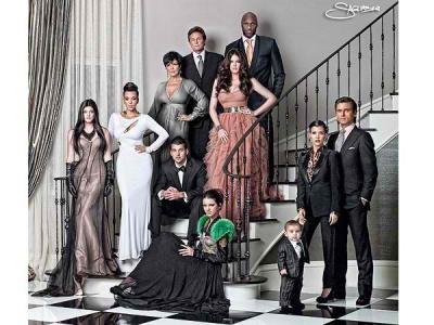 the-kardashians-christmas-2012.jpg?w=600