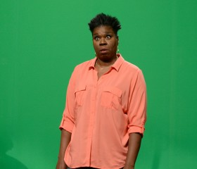 "Leslie Jones Slammed Over ""New Annie"" 'SNL' Skit"