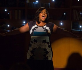 Lea Michele, Amber Riley (Rachel & Mercedes) Wrap a 'Special Scene' for Glee's Final Season
