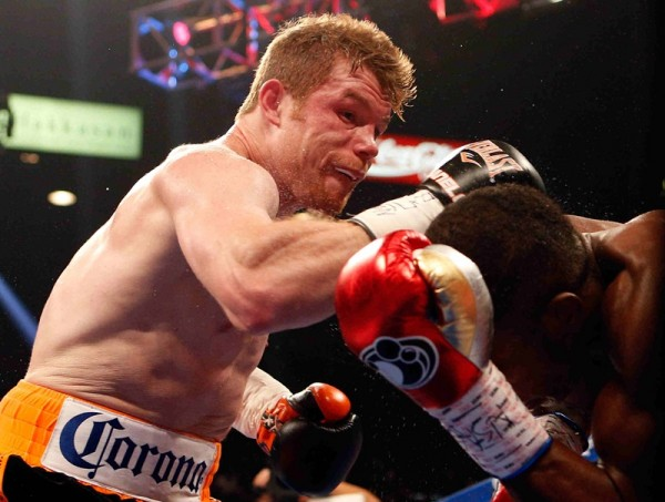 913685 also Oscar De La Hoya Boxing Great Suspected Of Dui In California as well Oscar De La Hoya vs additionally 521142834 besides Julio Cesar Chavez vs. on oscar de la hoya in angeles california