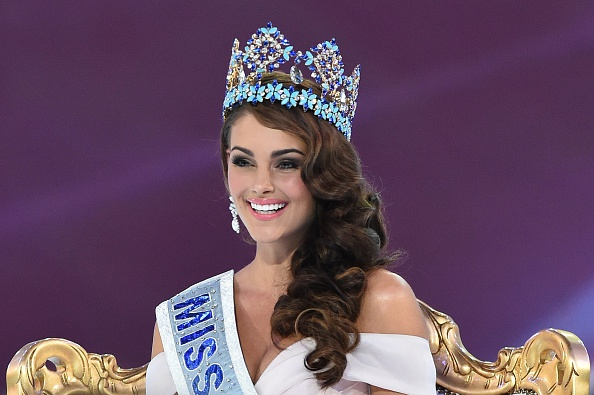 The Official Thread of Miss World 2014 ® Rolene Strauss- South Africa - Page 3 Miss-south-africas-rolene-strauss-wins-miss-world-2014