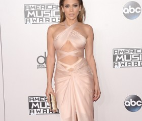 jennifer-lopez-american-music-awards-2014