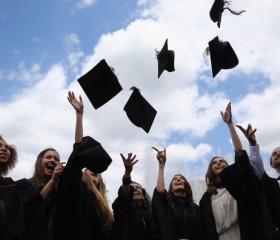 college-students-graduation-ceremony
