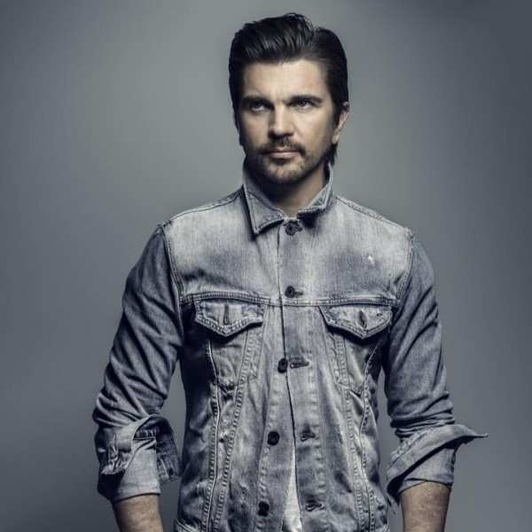 Grammys 2015 Highlights: Colombian Rock Star Juanes Performs First ...