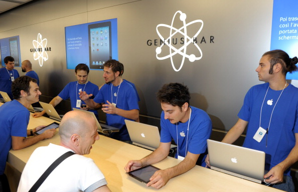 tragedy make an appointment at genius bar apple store beyond hilarious