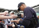 Yankees Fans Cheer Alex Rodriguez