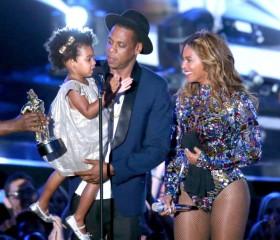 Blue Ivy-Jay Z -Beyonce