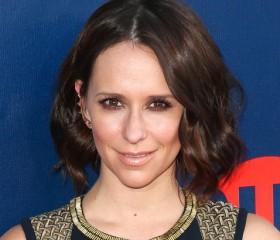 Jennifer Love Hewitt Opens up About her Second Pregnancy