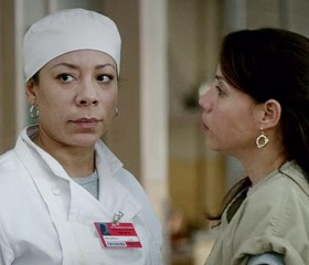 "Selenis Leyva as Gloria Mendoza on ""OITNB"""
