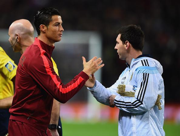 real madrids cristiano ronaldo and barcelonas lionel messi Le Top des résultats de Cristiano Ronaldo ses distinctions et récompenses au cour de sa carrière de Champion