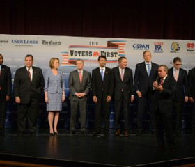 14 GOP White House Hopefuls Field Questions at N.H. Forum