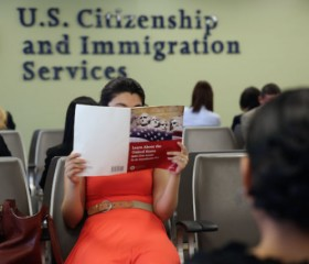 Most Immigrant Households on Welfare, Study Claims
