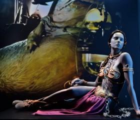 Princess-Leia-gold-bikini