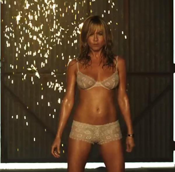 Jennifer aniston stripper scenes in we re the millers bare plenty of