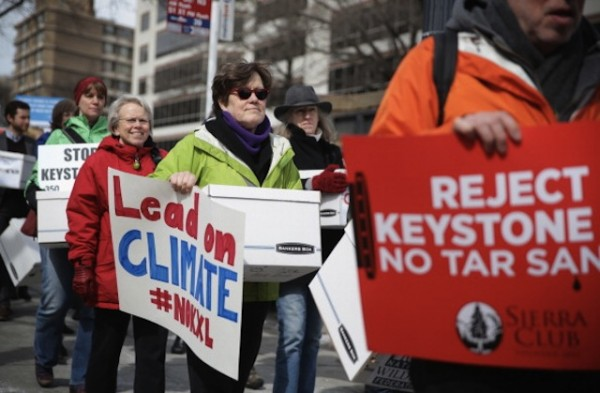 Keystone XL pipeline cons Protest