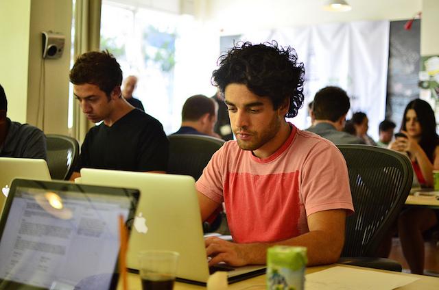 latino computer
