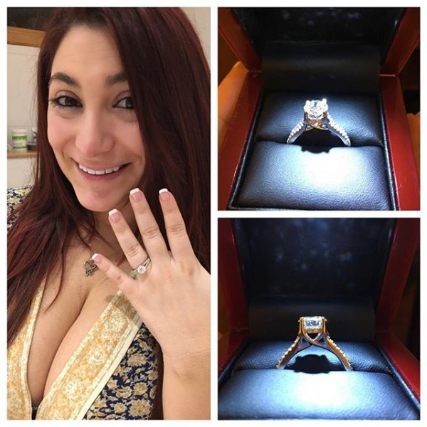 The ring from all angles.
