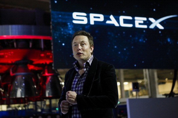 SpaceX CEO Elon Musk Unveils The Dragon V2 Space Taxi