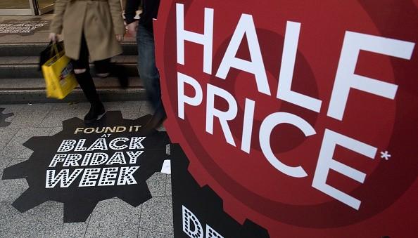 BRITAIN-ECONOMY-RETAIL-BLACK FRIDAY-CYBER MONDAY