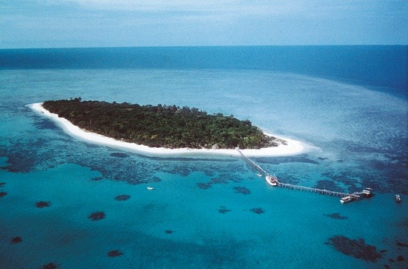 Green island, atoll on the Great Barrier Reef...