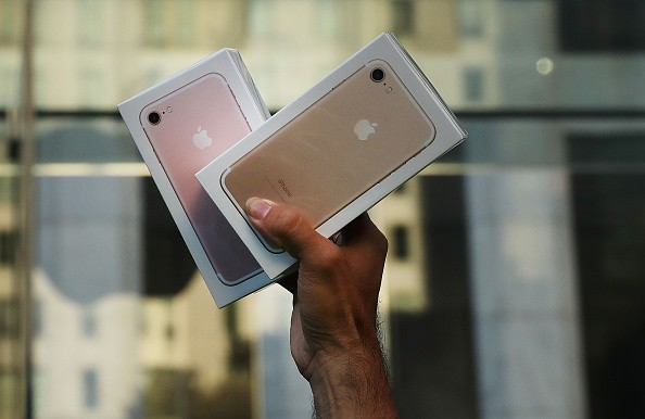 Why iPhone 7 Is More Approachable Than Google Pixel