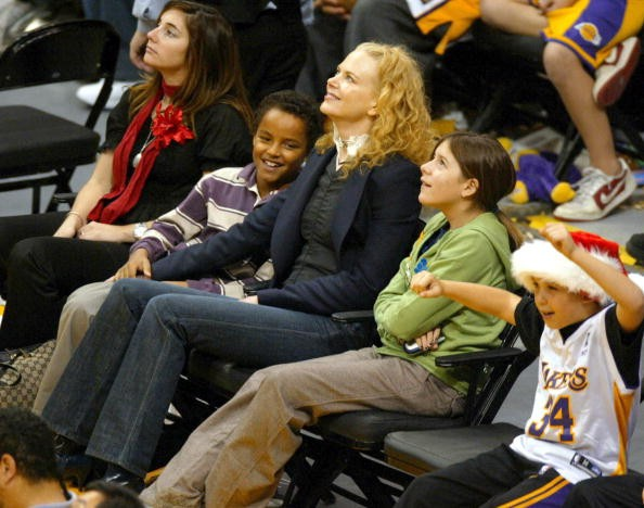 Actress Nicole Kidman (C) and her children Connor (2nd-L) and Isabella (2nd-R) attend a game between the Los Angeles Lakers and the Miami Heat.