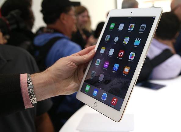Apple Unveils New iPad Models