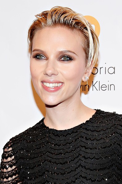"Scarlett Johansson Cast in ""The Ghost in the Shell"" Movie"