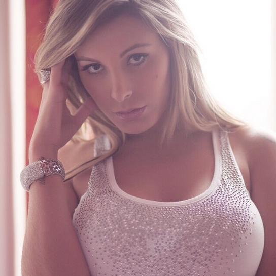 miss-bumbum-2012-contestant-Andressa-Urach-instagram