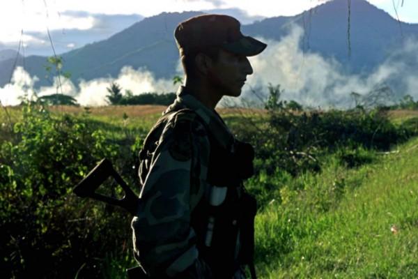 FARC-Colombian-Solder