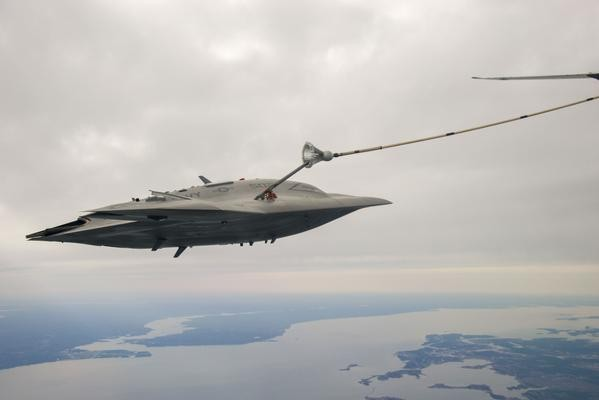 X-47B Unmanned Aircraft Refueling Autonomously
